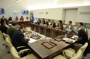 Aumentan los servicios de transportes en los ejes Mérida-Monesterio y Fuente de Cantos-Granja de Torrehermosa