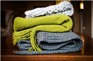 Las mejores formas de llevar una bufanda con clase