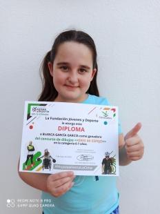 La fuentecanteña Blanca García García premiada en el concurso de dibujo `Eres mi espejo´