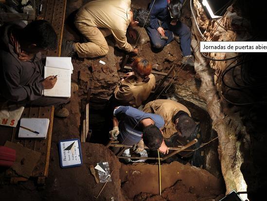 Jornada puertas abiertas en las Cuevas de Fuentes de León
