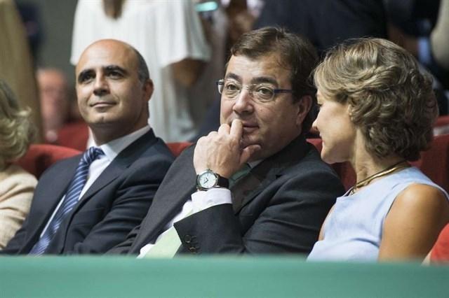 Fernández Vara se reúne esta tarde con la ministra Tejerina por la DIA de la Mina de Aguablanca