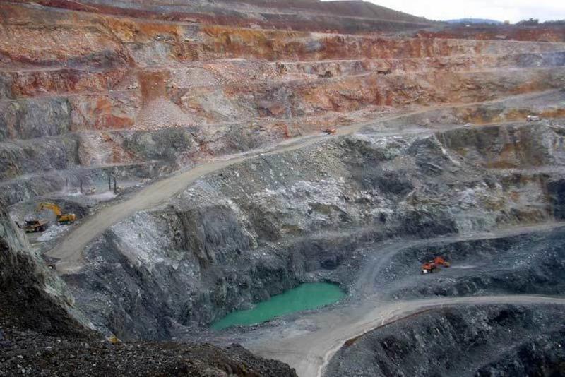 Valoriza Minería comunica el despido a 16 trabajadores de