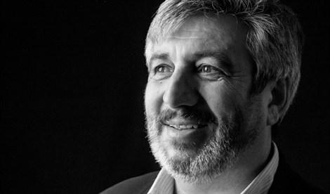 El escritor y pintor Fernando Garduño ofrecerá en Badajoz un recital poético-musical