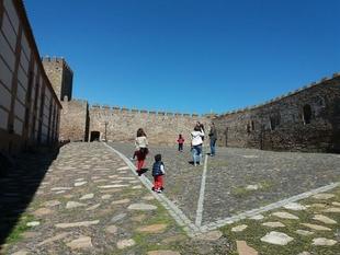 119 personas visitaron el Castillo de Segura de León el pasado puente de San José