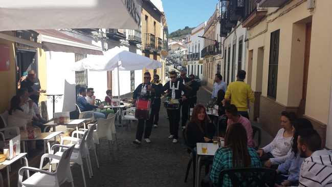 Taberna Noa volvió a vencer en la II Ruta de la Tapa Ibérica en Fuentes de León(fotogalería)