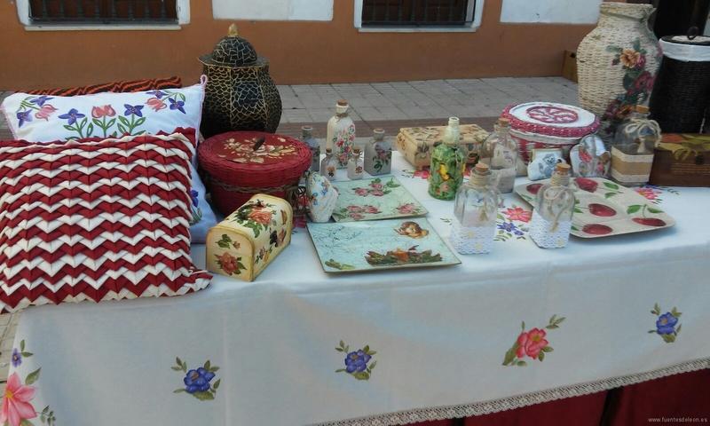 I Feria de Artesanía en Fuentes de León