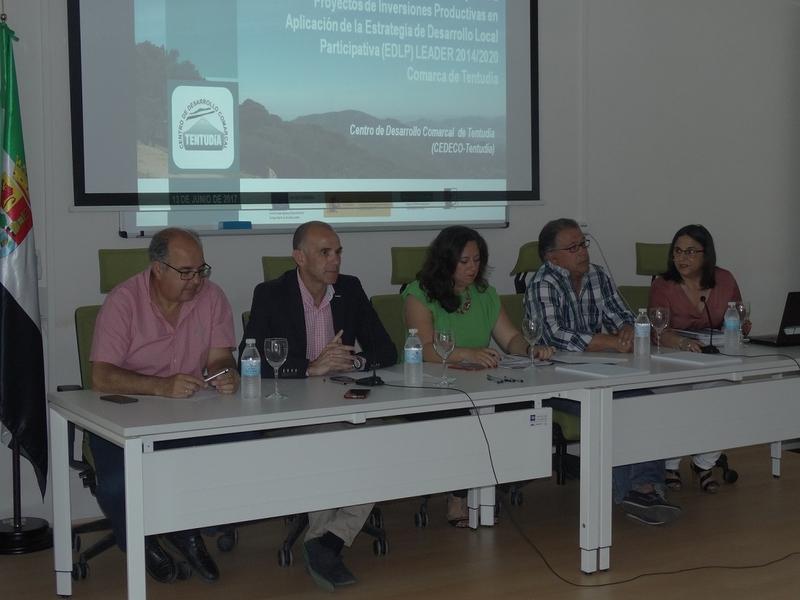 Presentadas las convocatorias LEADER en Tentudía con un montante de 1.200.000 euros