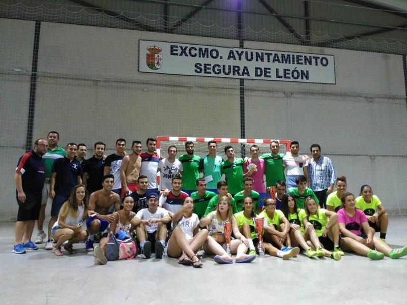 Segura de León anuncia su maratón de fútbol sala con 1200€ de premio para el campeón