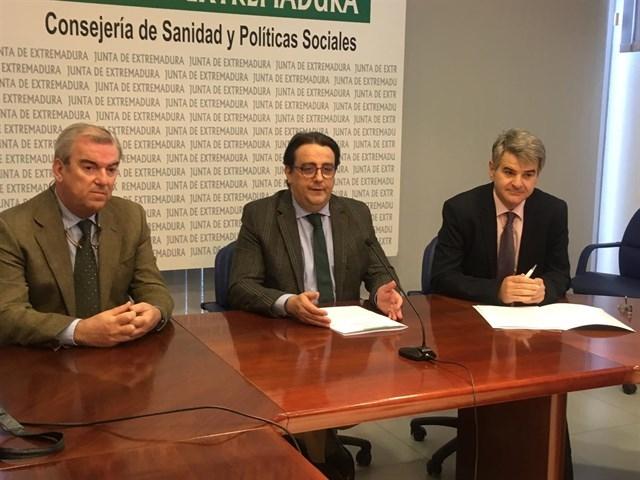 Nueva ambulancia en Monesterio y se mantienen las de Segura de León, Cabeza la Vaca y Fuentes de León
