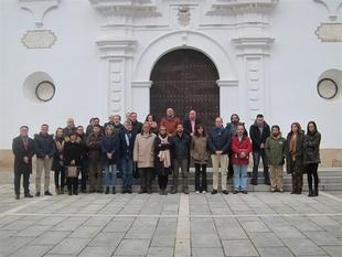 Nuevo minuto de silencio en la Asamblea de Extremadura por Manuela Chavero y Francisca Cárdenas