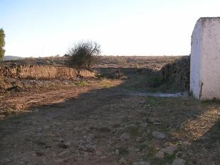 Higuera la Real arregla 13 caminos gracias al Parque de Maquinarias de la Mancomunidad Sierra Suroeste