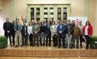 Bodonal de la Sierra mejorará sus infraestructuras eléctricas municipales gracias a un acuerdo entre Diputación y la Junta