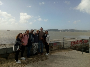 Alumnos del Instituto de Monesterio realizan en Lisboa sus prácticas de Atención a Personas en Situación de Dependencia
