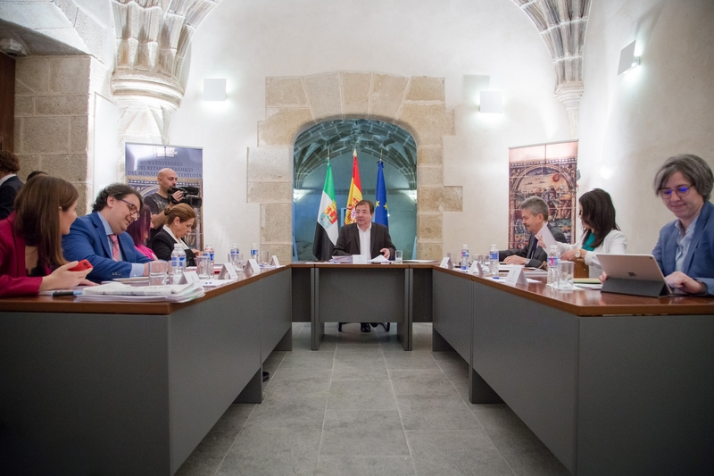Acuerdos del Consejo de Gobierno celebrado en Calera de León