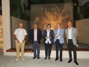 La inauguración de la plaza Eduardo Naranjo congrega a numerosos ciudadanos en Monesterio