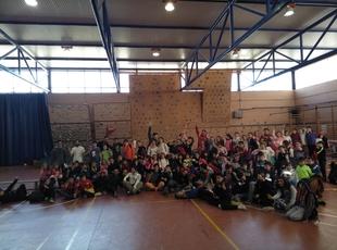 Niños y niñas de Segura, Bodonal y Monesterio participan en la primera jornada Judex de escalada deportiva