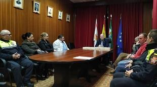 Jóvenes de Segura de León recibieron ejemplares de la Constitución para conmemorar el 40 aniversario de la misma