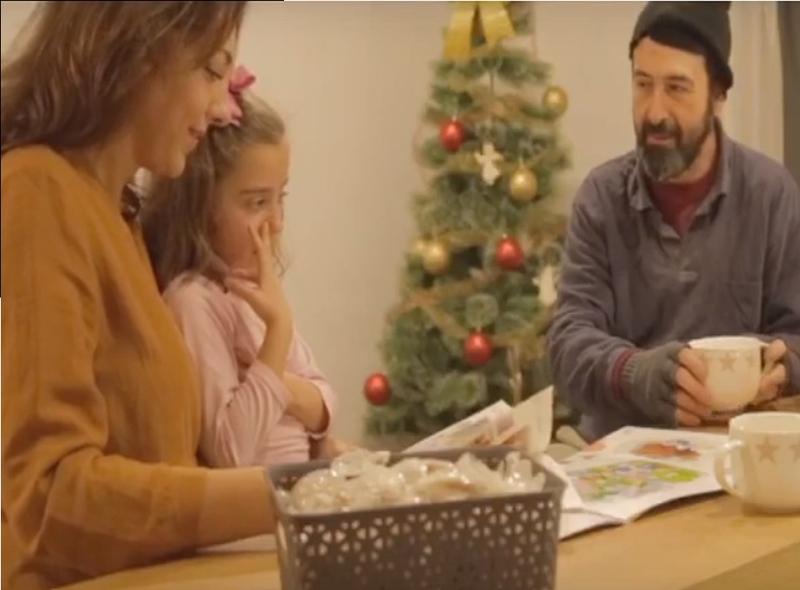 La Felicidad de la Navidad se encuentra en los pequeños Detalles. NIVEL 2 MUEBLES