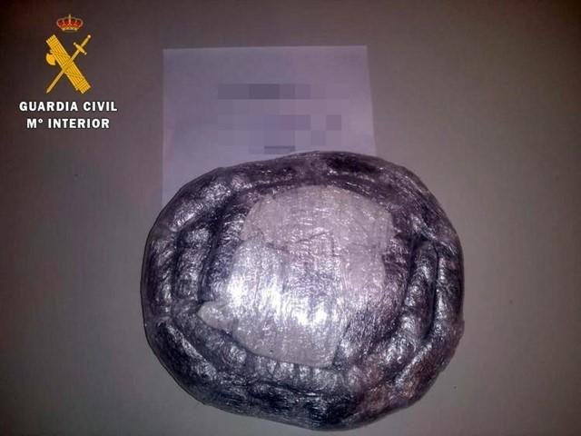 Detenida en Monesterio una pareja con 2,2 kilos de hachís simulando un embarazo