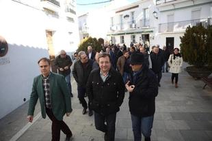 Fernández Vara en Cabeza la Vaca: `Vivan esas banderas que de verdad nos hacen iguales´