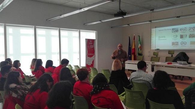 La Mancomunidad de Tentudía realiza un taller de Speed Thinking