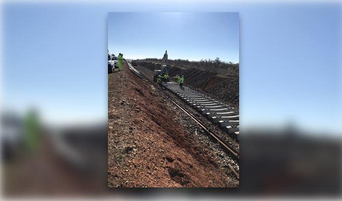 ADIF inicia la renovación de la vía Usagre/Bienvenida-Llerena