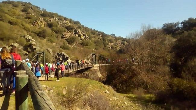 Casi 1000 personas participaron en la `Ruta Senderista de los Celtas´ de Higuera