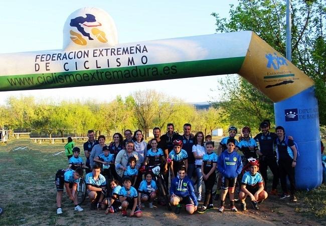 Segundo puesto para la `Escuela Ciclista Comarcal Puerto Lobo Tentudía´ en la general en Quintana de la Serena