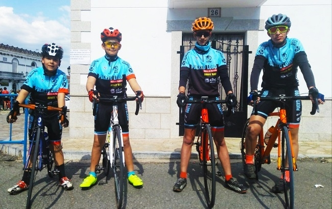Debut exitoso de la Escuela Ciclista Comarcal `Puerto Lobo-Tentudía´ en la segunda prueba del `JUDEX Autonómicos por Carretera´