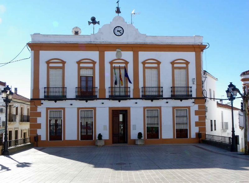 Elecciones 26M: Candidaturas oficiales al Ayuntamiento de Fuentes de León (PP y PSOE)