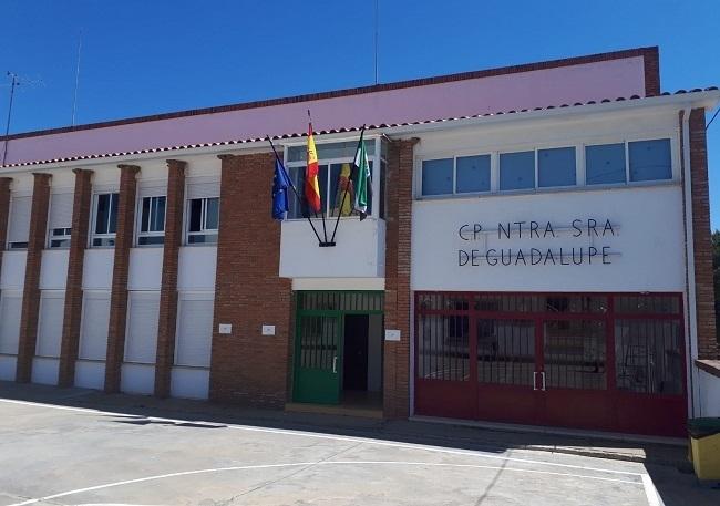 El Colegio `Ntra. Sra. de Guadalupe´, de Segura de León, celebra mañana un Día del Centro Solidario