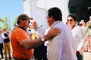Vara pide en la Romería de San Isidro en Fuente de Cantos un último esfuerzo a OPAs y sindicatos