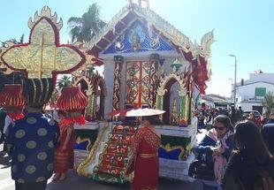 `Amanecer en Tailandia´ gana el concurso de carrozas en Bodonal de la Sierra