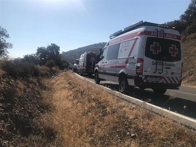 Cuatro jóvenes de entre 17 y 21 años heridos leves en una salida de vía en Monesterio
