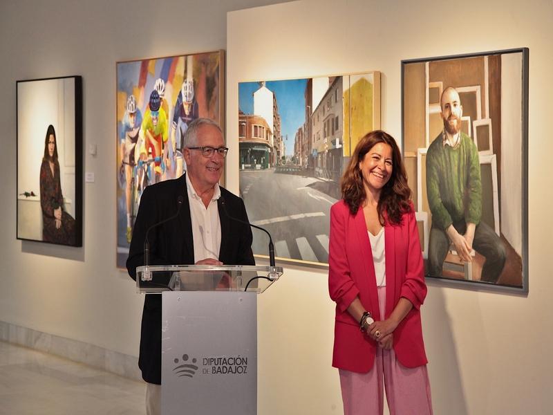 Inaugurada la exposición del XXXVII Premio Internacional de Pintura Eugenio Hermoso con las obras finalistas y ganadora