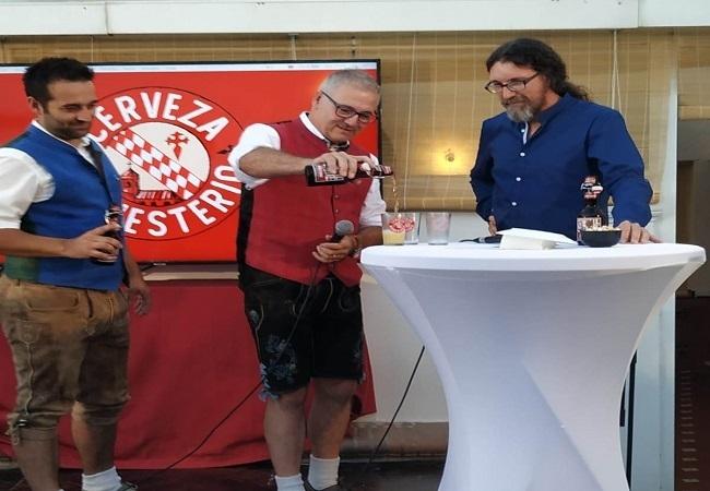 Calurosa acogida a la `Cerveza de Monesterio´, la primera del mundo para degustar con Productos Ibéricos