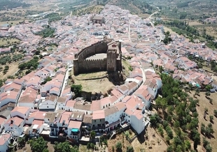 Segura de León se convierte en Pueblo Mágico de España