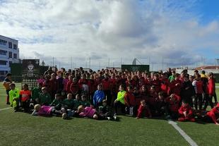 Un centenar de niños y niñas se dan cita en la convivencia deportiva del colegio San Francisco Javier de Fuente de Cantos