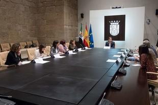 Fuente de Cantos, Bienvenida, Bodonal, Fuentes y Segura prorrogan los Convenios para la Prestación de Servicios de Atención Social Básica para 2020