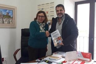 Vitaldent Zafra firmó un acuerdo con el Ayuntamiento de Feria