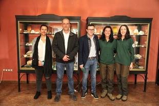 El presidente de la Diputación ha reconocido que las Cuevas de Fuentes de León han sido para él un `auténtico descubrimiento´
