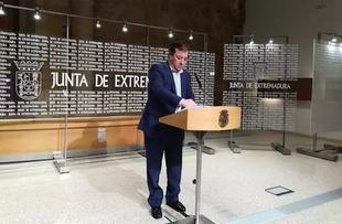 Vara señala que las clases no se suspenden en Extremadura al no existir contagios locales