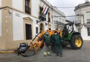 El Ayuntamiento de Higuera la Real volvió a desinfectar los puntos `sensibles´ de la localidad