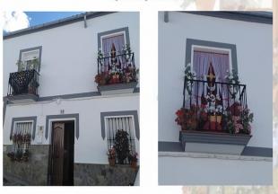 15 finalistas en el concurso `Decoración de balcones y rejas´ en Cabeza la Vaca ¡Vota a las que más te gusten!