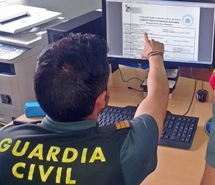 La Guardia Civil investigó a un gestor asegurador por estafar 12.000 euros