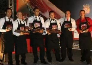 El Ayuntamiento de Monesterio conmemora el Concurso de Cortadores con un vídeo-homenaje a los ganadores del Cuchillo de Oro