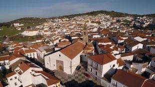 Nuevas medidas preventivas en Fuentes de León tras el primer positivo por covid-19 en la localidad