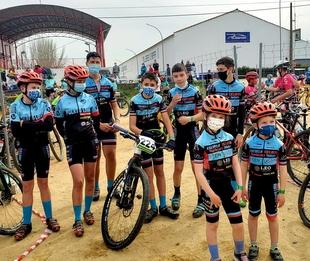 La Escuela Ciclista Comarcal Puerto Lobo-Tentudía inició la nueva temporada BTT en Jaraíz de la Vera