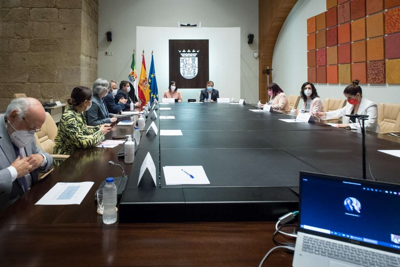 Decaen los cierreS perimetrales de Bodonal de la Sierra y Segura de León a partir de las 00:00 del 9 de mayo