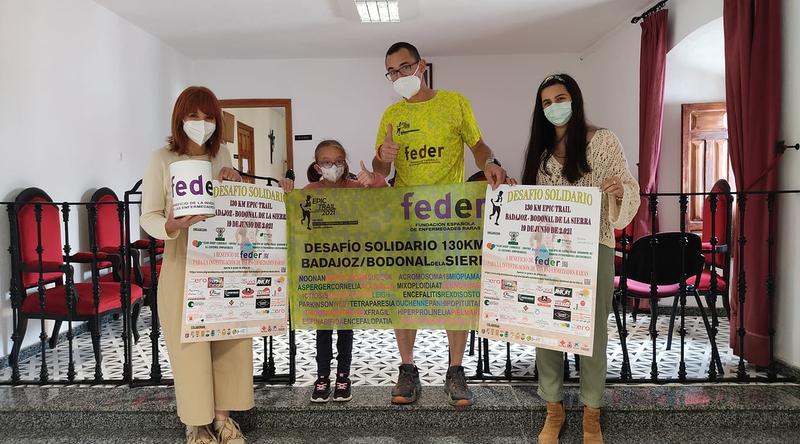 El Ayuntamiento de Bodonal coloca una hucha en apoyo del Desafío Solidario Epic Trail Badajoz - Bodonal de la Sierra